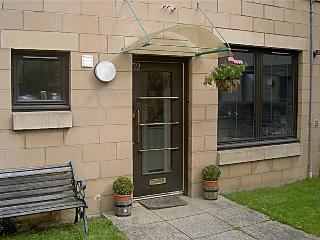 Central Apartment + Carparking - Midlothian vacation rentals