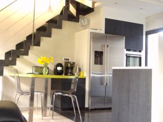 Bright 3 bedroom Saint Pol de Leon House with Internet Access - Saint Pol de Leon vacation rentals