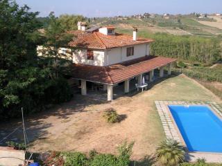2 bedroom Farmhouse Barn with Internet Access in Montespertoli - Montespertoli vacation rentals
