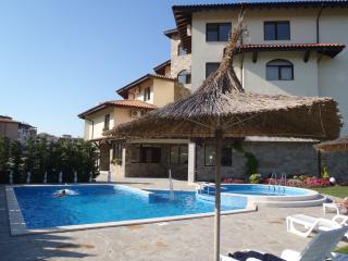 1 bedroom Condo with Internet Access in Lozenets - Lozenets vacation rentals