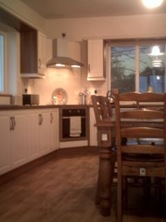 Nice Bungalow with Dishwasher and Kettle - Ballyfarnon vacation rentals