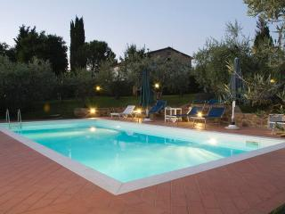 LINDA Apartment with POOL - San Casciano in Val di Pesa vacation rentals