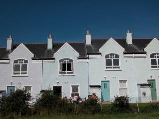 Causeway Cottage Portballintrae 5 mins walk to sea - Portballintrae vacation rentals