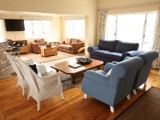 Nice B&B with Internet Access and Grill - East London vacation rentals