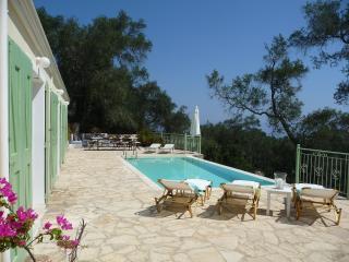 4 bedroom Villa with High Chair in Loggos - Loggos vacation rentals