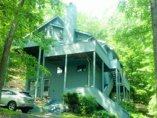 Four Level Mountain Retreat By The Pool - Bushkill vacation rentals