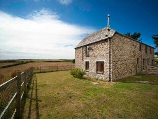 3 bedroom Barn with Satellite Or Cable TV in Saint Eval - Saint Eval vacation rentals