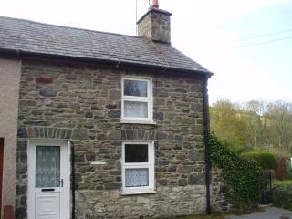 Perfect 2 bedroom Cottage in Aberaeron - Aberaeron vacation rentals