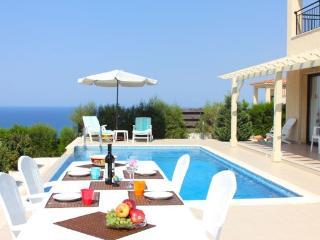 Villa Zefyros - Neo Chorion vacation rentals