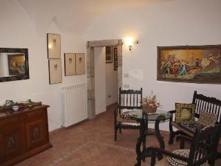 Beautiful 3 bedroom House in Cerreto di Spoleto - Cerreto di Spoleto vacation rentals