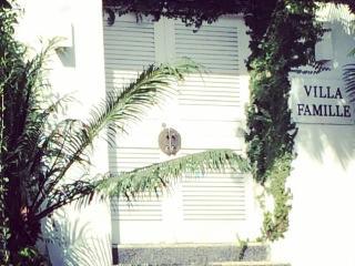 Villa Famille: