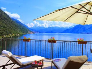 2 Bedroom lakeside penthouse apartment - Pognana Lario vacation rentals