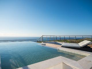 Four Seasons Penthouse - San Lawrenz vacation rentals