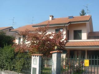 4 bedroom Bed and Breakfast with Deck in Monza - Monza vacation rentals