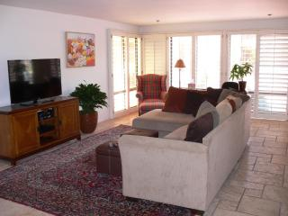 Beachfront Condo at La Jolla Shores. - La Jolla vacation rentals