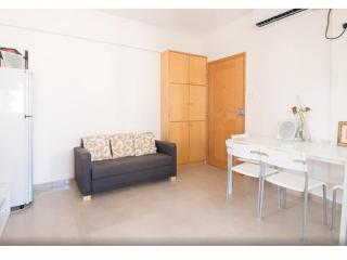 Charming 2 Bedroom Apartment in Downtown Hong Kong - Hong Kong vacation rentals