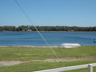 A Lakehouse on Burrill Lake - Ulladulla vacation rentals