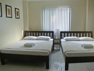TJ Homestay - Family Room - Cebu City vacation rentals