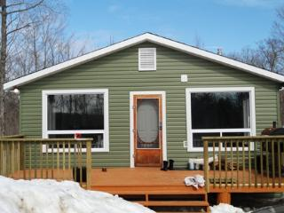 Thanet Lake Cottage Vacation Getaway Rental - Ormsby vacation rentals