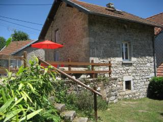 Delightful, dog-friendly cottage in rural Creuse - Bourganeuf vacation rentals