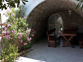 Nice 4 bedroom House in Krk - Krk vacation rentals