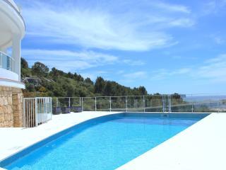 Villa Paraiso con vistas al Mar - Santo Tomas vacation rentals