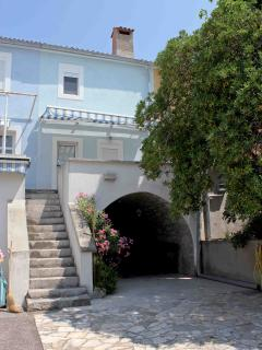 Nice House with Internet Access and Linens Provided - Krk vacation rentals