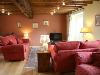Barn House Broadgate Farm Cottages 4 bed - Beverley vacation rentals