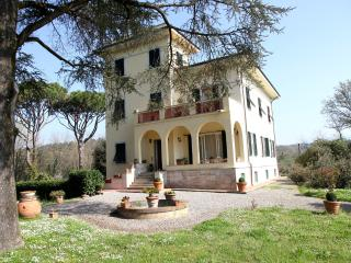 Elegant Tuscan villa in peaceful countryside - Lucca vacation rentals