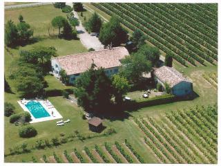 Nice Gite with Internet Access and A/C - Sainte Foy-la-Grande vacation rentals