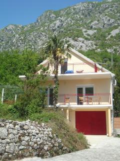 Nice Villa with Internet Access and Television - Morinj vacation rentals