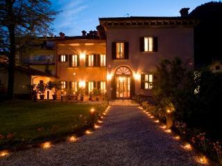 Palazzo Torriani - DECO' - Marradi vacation rentals