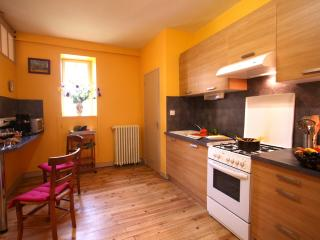 2 bedroom House with Iron in Sarlat-la-Canéda - Sarlat-la-Canéda vacation rentals