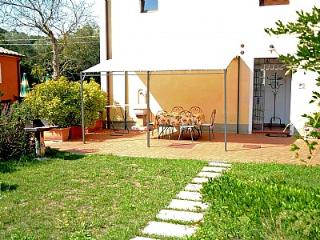 Nice House with Deck and Internet Access - Serravalle Pistoiese vacation rentals