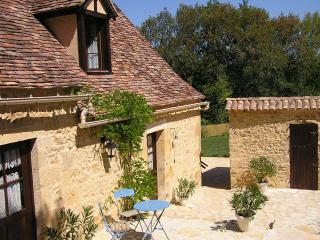 2 bedroom Gite with Television in Mauzac-et-Grand-Castang - Mauzac-et-Grand-Castang vacation rentals
