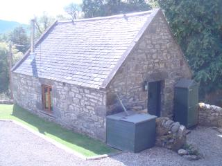 Romantic 1 bedroom Cottage in Invermoriston - Invermoriston vacation rentals