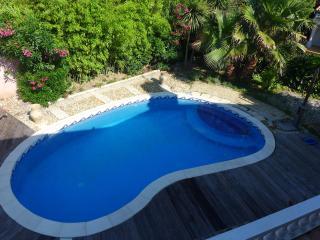 Cozy 3 bedroom Lattes Villa with Internet Access - Lattes vacation rentals