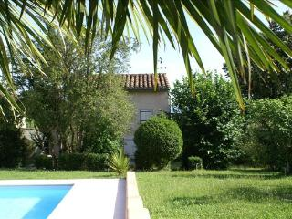 2 bedroom Bed and Breakfast with Internet Access in Castres - Castres vacation rentals