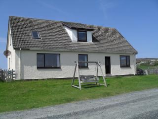 Lovely Condo with Internet Access and Central Heating - Aultbea vacation rentals