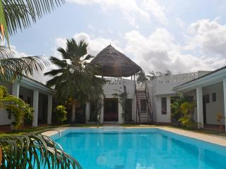 Beach-front Villa with pool. - Watamu vacation rentals