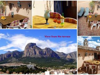 Cozy 2 bedroom El Albir Apartment with Internet Access - El Albir vacation rentals