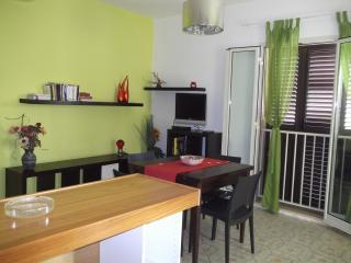 Cozy 2 bedroom Apartment in Santa Croce Camerina with Balcony - Santa Croce Camerina vacation rentals
