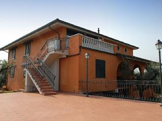 Charming House with Deck and A/C - Montecatini Terme vacation rentals