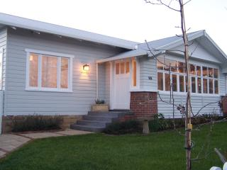Charming 3 bedroom House in Hobart - Hobart vacation rentals