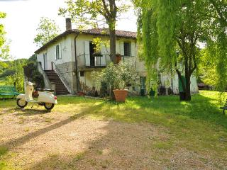 Nice Cottage with Internet Access and Central Heating - Sasso Marconi vacation rentals