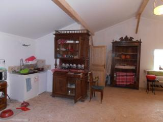 Nice Farmhouse Barn with Internet Access and Garden - Meillonnas vacation rentals