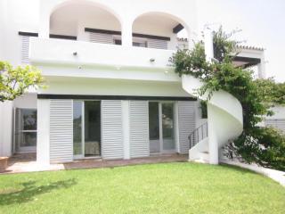 Aloha 3 bed town house - Puerto José Banús vacation rentals