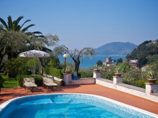 1 bedroom Apartment with Deck in San Terenzo - San Terenzo vacation rentals