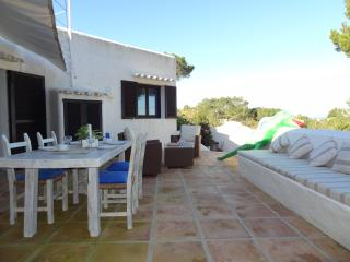 Cozy 3 bedroom Bed and Breakfast in San Francisco Javier - San Francisco Javier vacation rentals