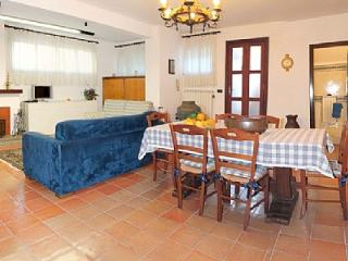 Cozy House with Deck and Dishwasher - Labico vacation rentals